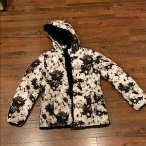 Justice girls faux fur coat. Fully reversible EUC!